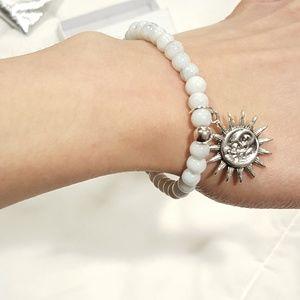 Jewelry - White Marble Beaded bracelet w/ Sun Charm